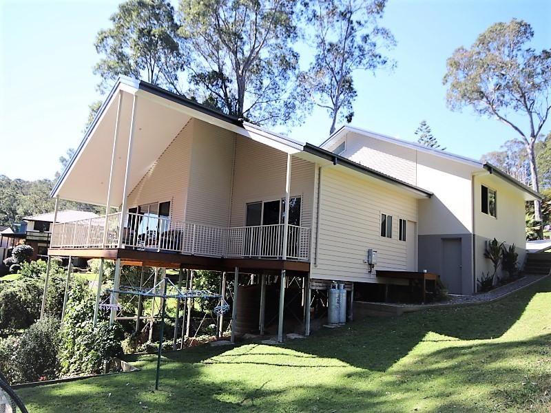 16 Cole Crescent, Narooma NSW 2546, Image 0