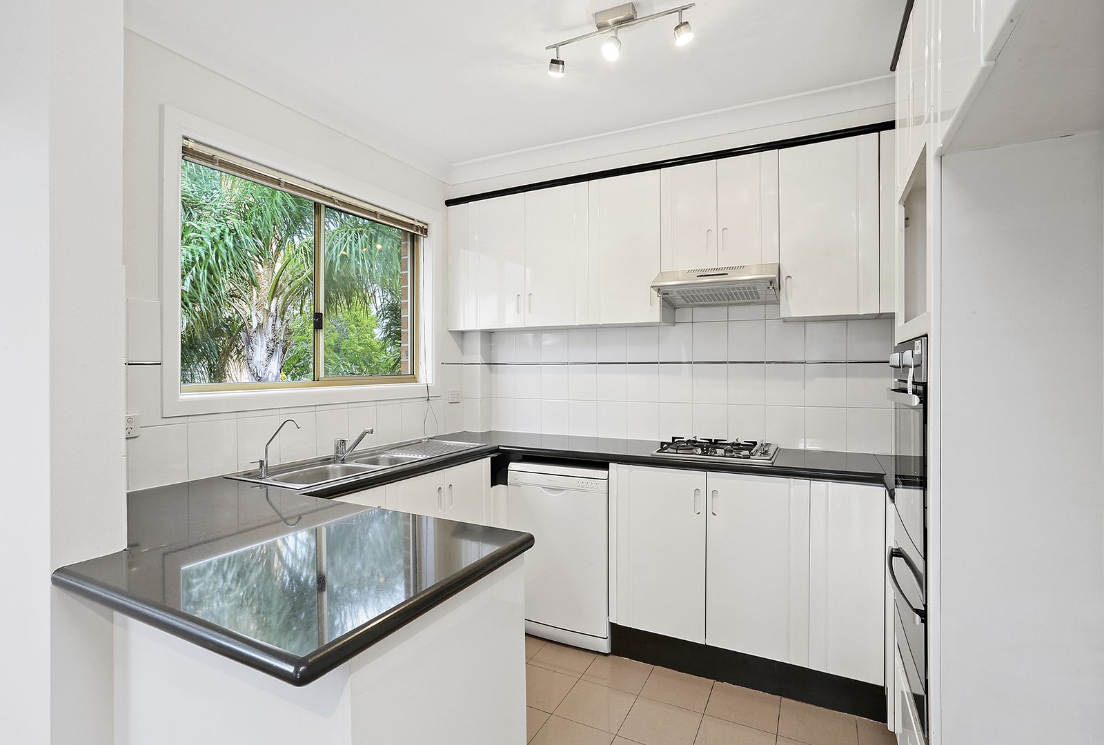 9/56 Shirley Road, Wollstonecraft NSW 2065, Image 2