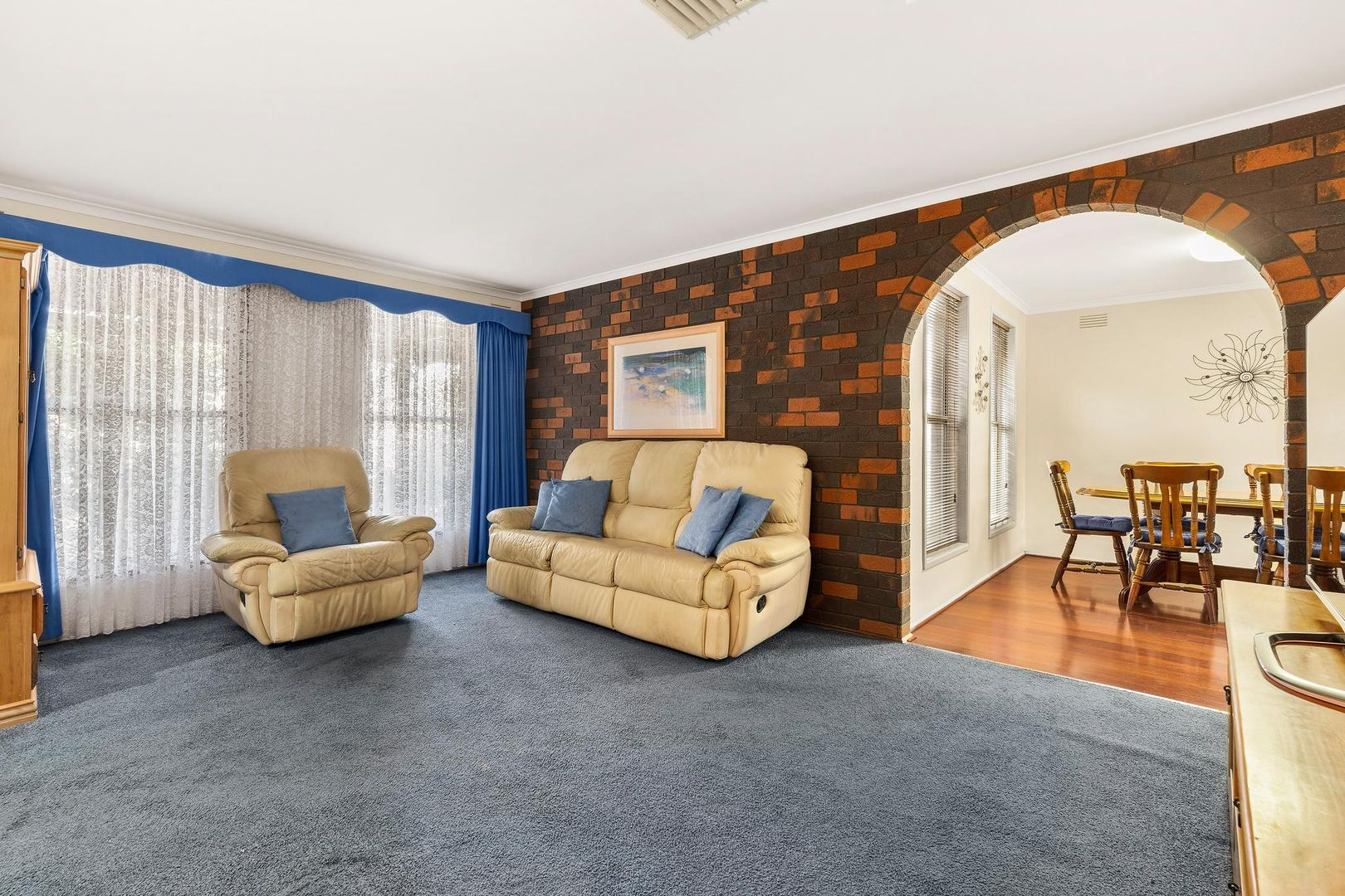 8 Studley  Court, Mill Park VIC 3082, Image 1