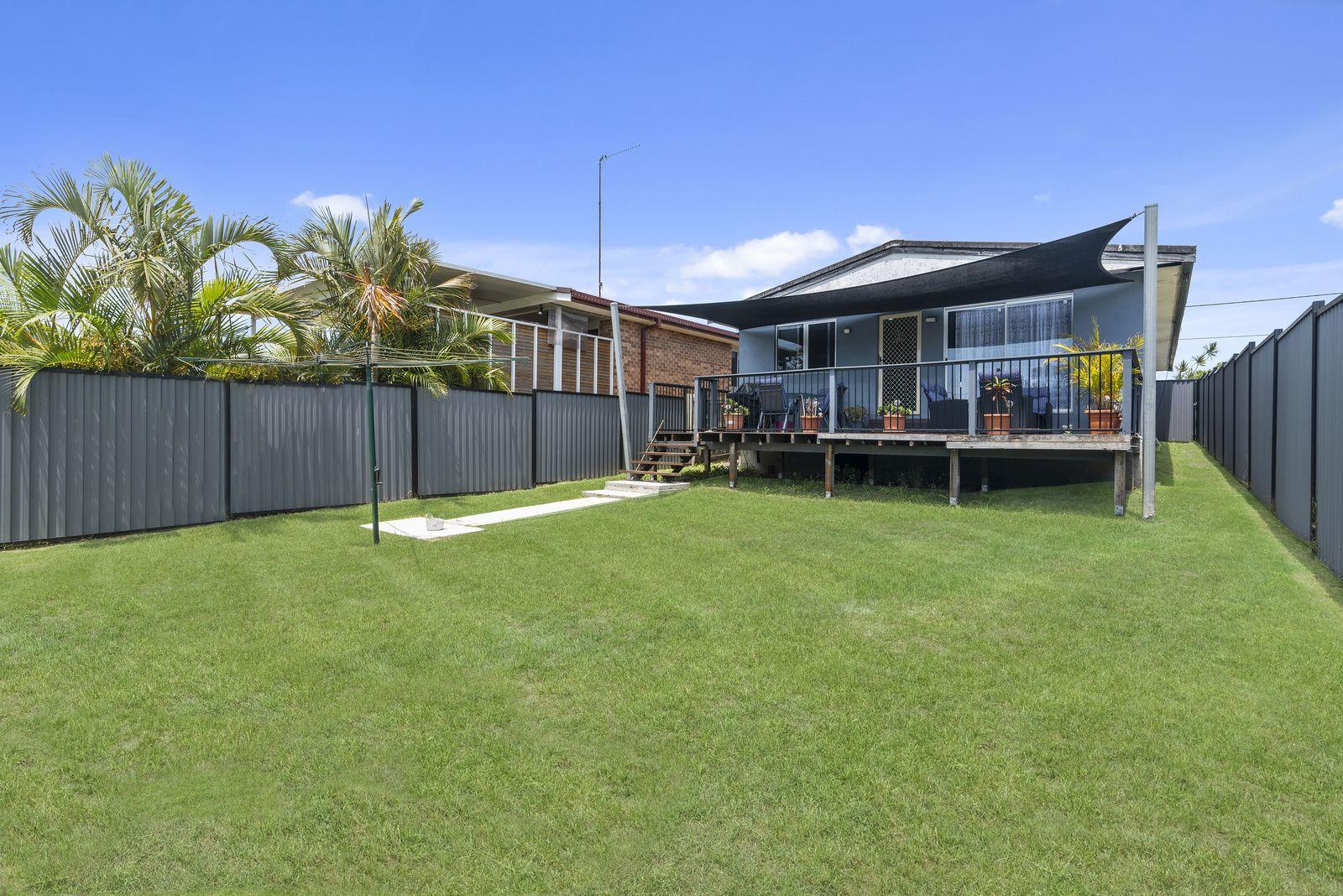 27 Morshead Street, Tugun QLD 4224, Image 2