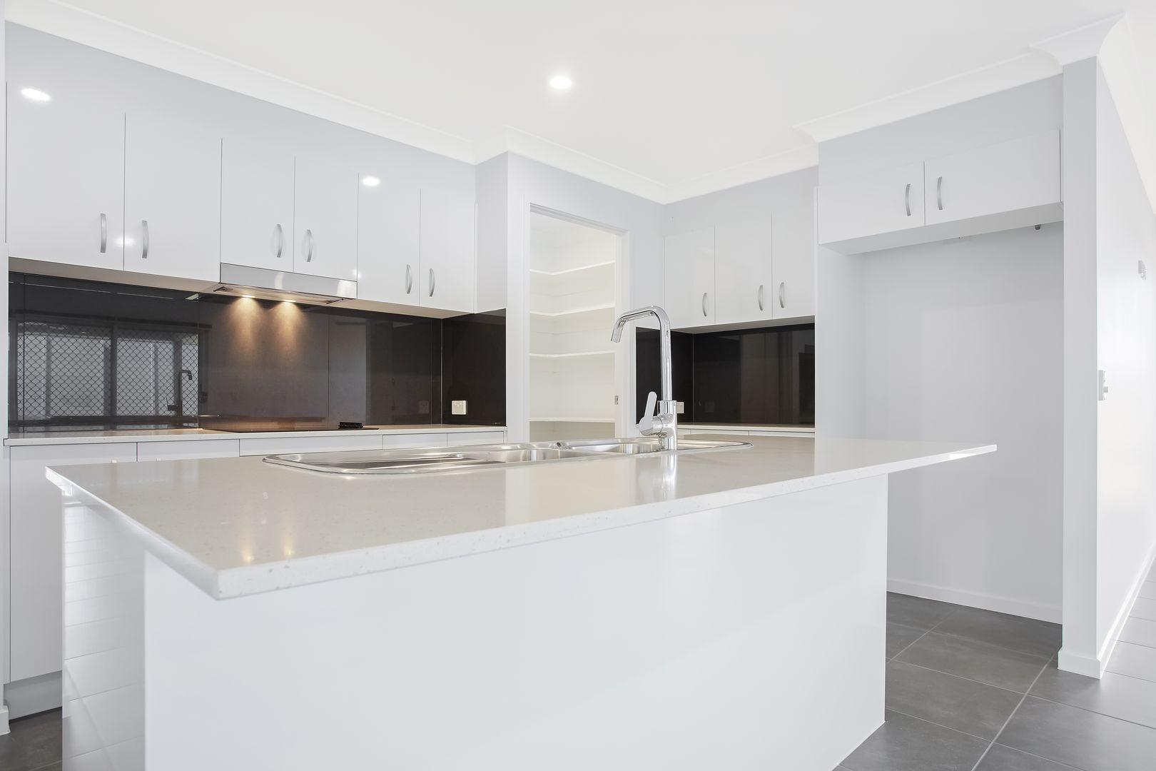 71 Leslie Crescent, Baringa QLD 4551, Image 1