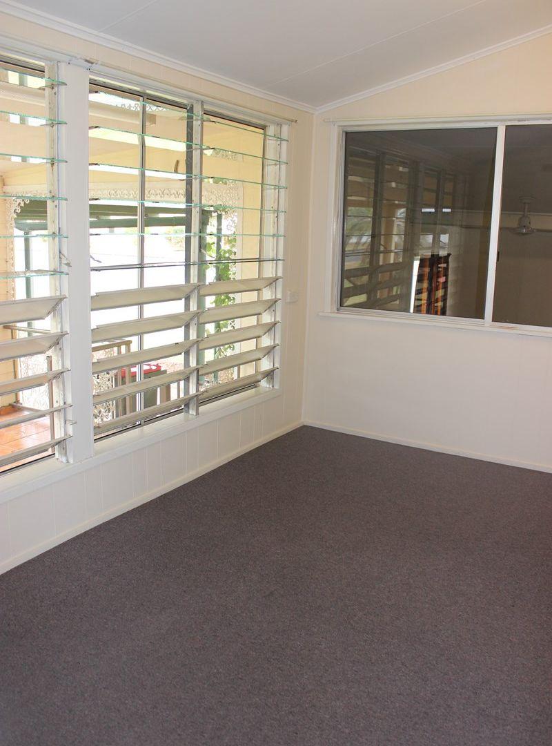 24 Jamieson Street, Cardwell QLD 4849, Image 2