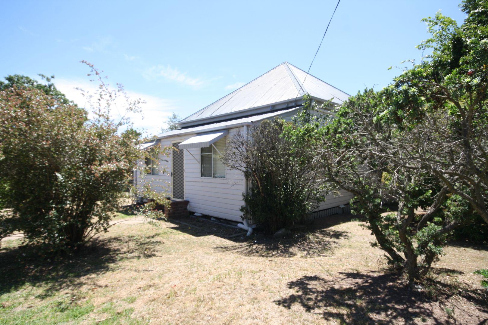 22 Oak Ave, Warwick QLD 4370, Image 0