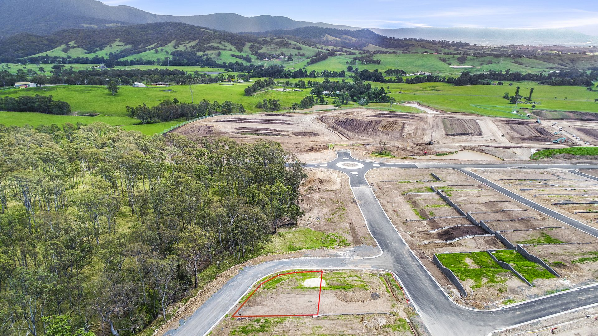 Lot 2517B Horseshoe Circuit, Calderwood NSW 2527, Image 2