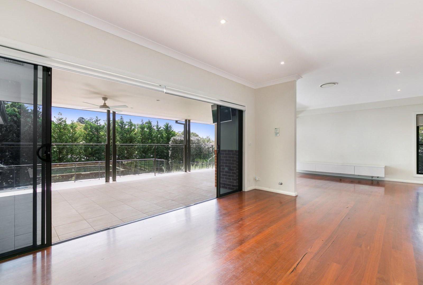 2 Springthorpe Way, Castle Hill NSW 2154, Image 1