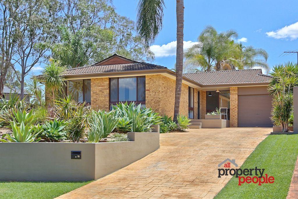 11 Bramble Place, Macquarie Fields NSW 2564, Image 0