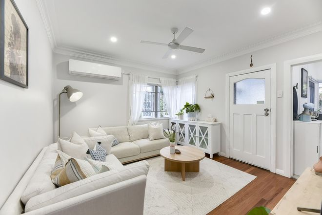 Picture of 26 Rowton Street, HOLLAND PARK QLD 4121