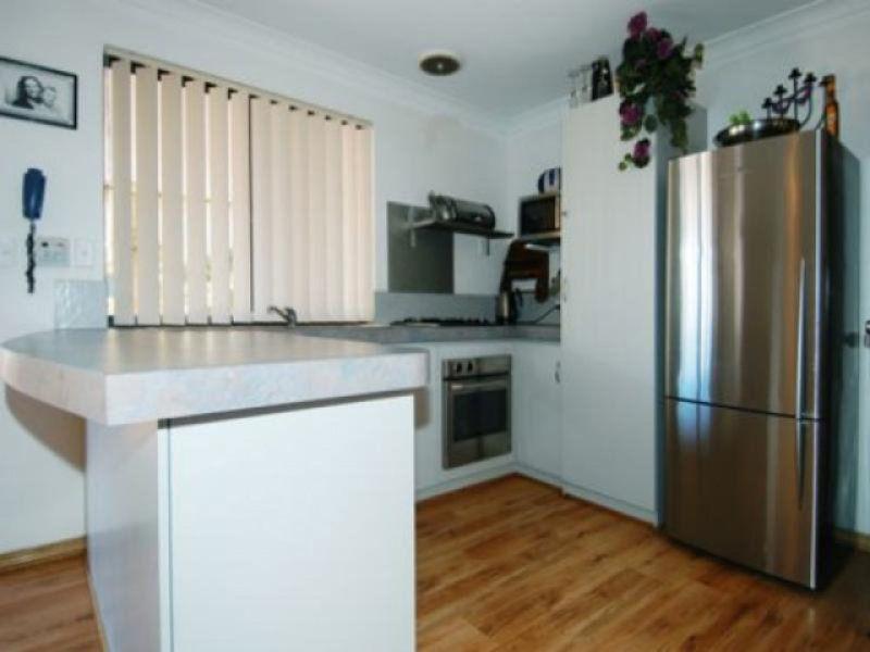 7 Brontie Avenue, Ellenbrook WA 6069, Image 2