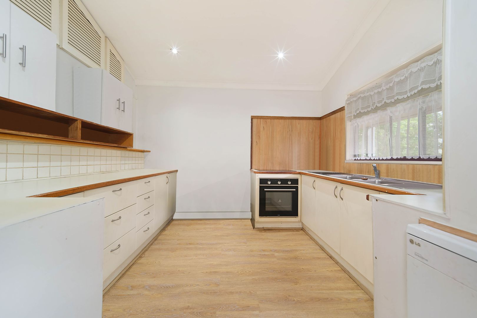 6 Kahibah Street, Morisset NSW 2264, Image 2