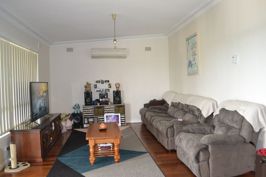 28 Lewin Street, Inverell NSW 2360, Image 1