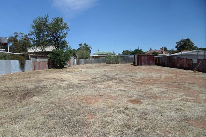 Picture of 42 Bourke St, PETERBOROUGH SA 5422