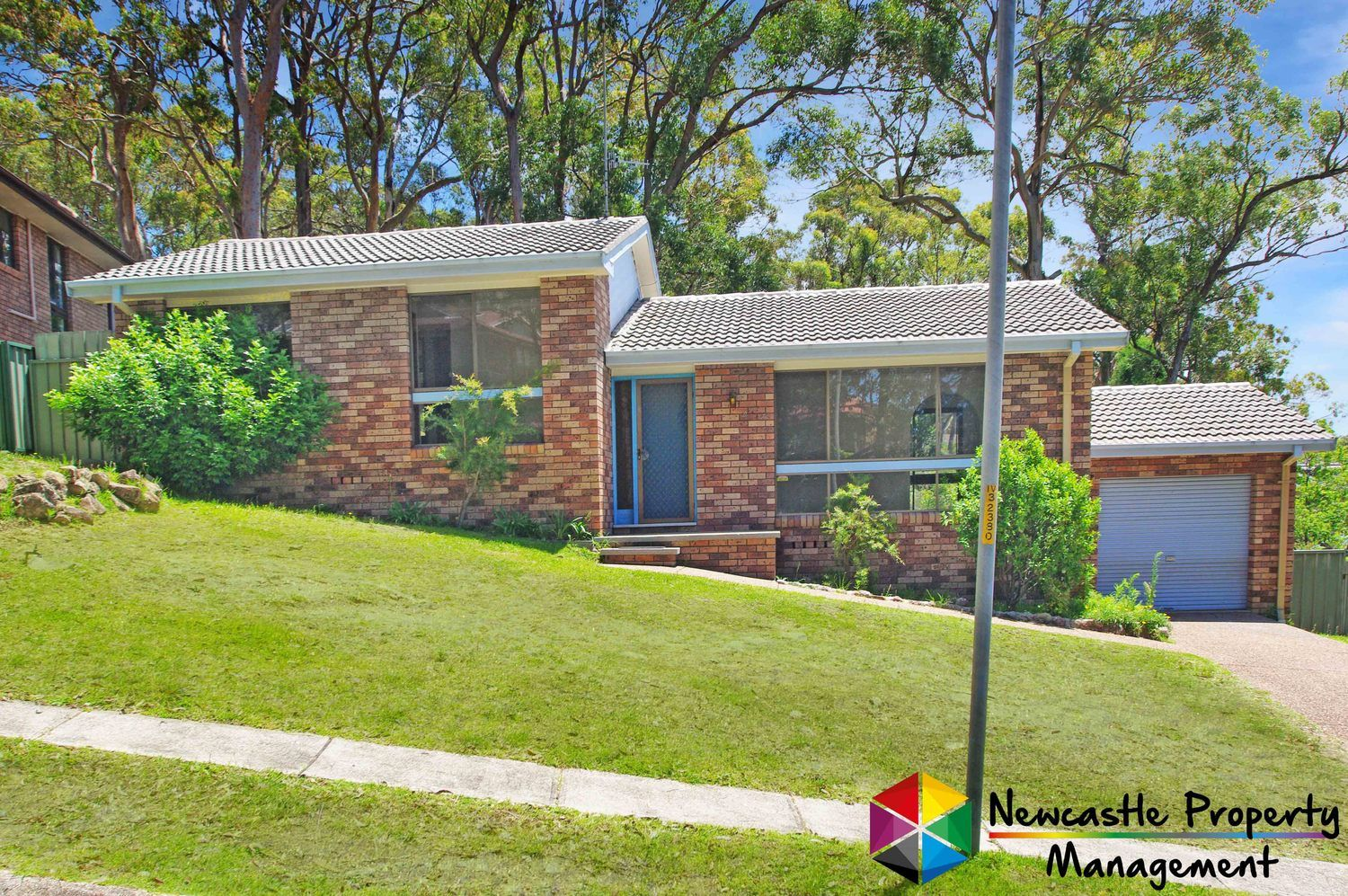 4 Lampeter Close, Mount Hutton NSW 2290, Image 0