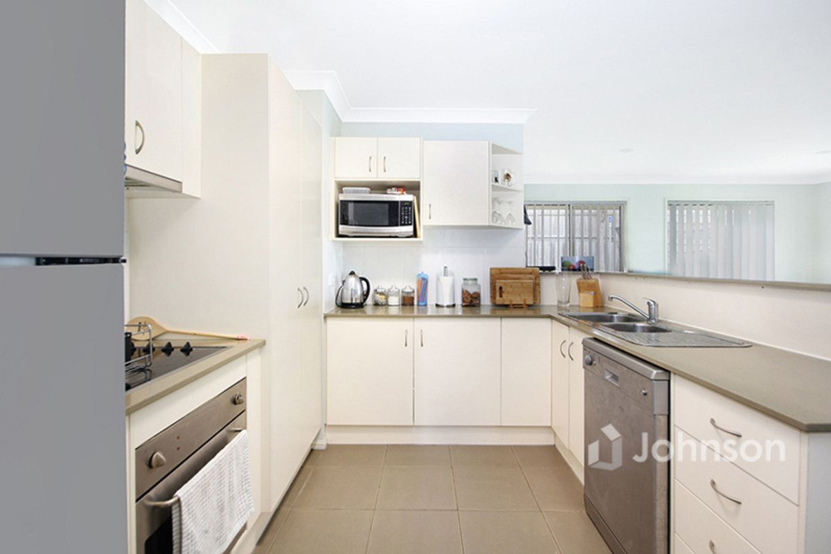 41 Charlton Place, Regents Park QLD 4118, Image 1