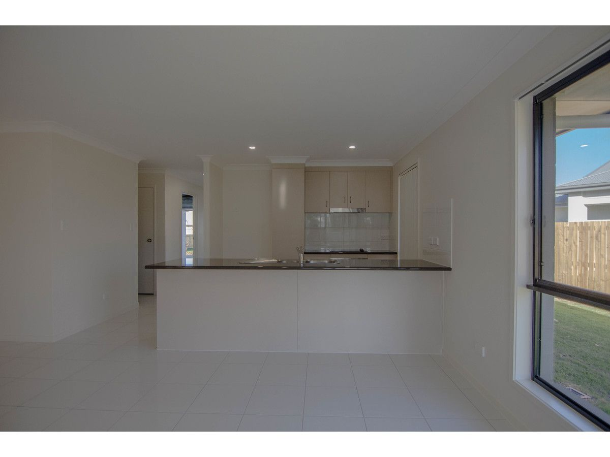 10A Rosebud Court, Parkhurst QLD 4702, Image 2