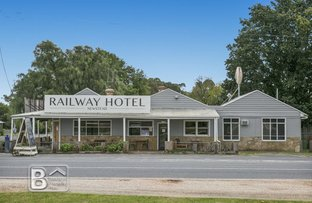 Picture of 1/6 Creswick - Newstead Road, Newstead VIC 3462