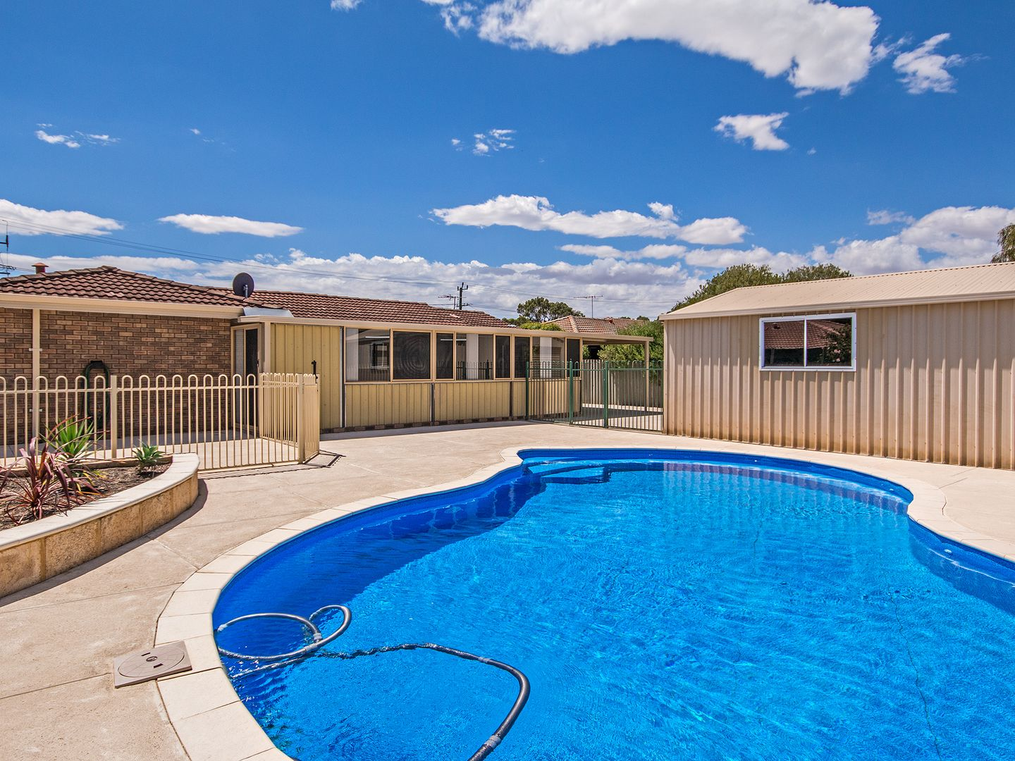 40 Breaden Rd, Cooloongup WA 6168, Image 1