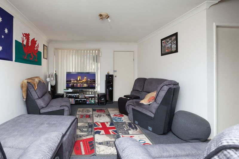 12/4 Westmoreland Road, Minto NSW 2566, Image 1