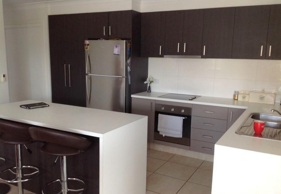 2/15 Kaplan Street, Oxenford QLD 4210, Image 1