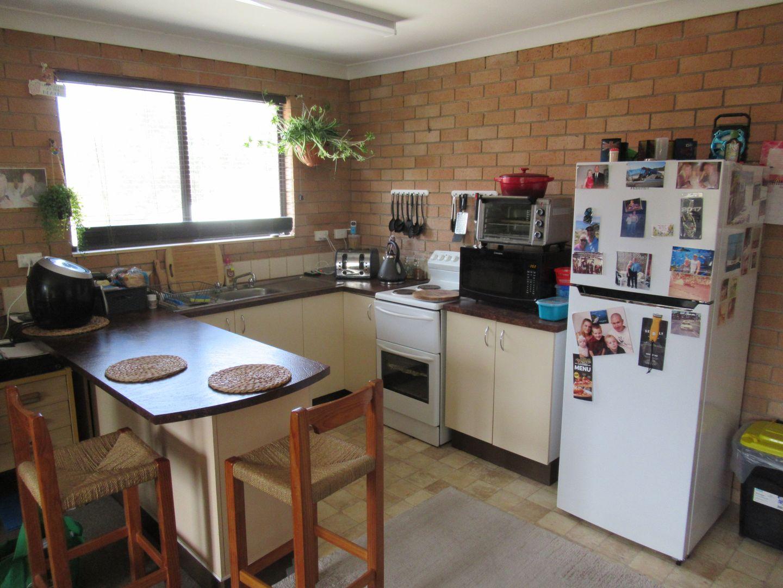 4/12 Corambara Cres, Toormina NSW 2452, Image 2