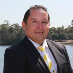 Saul Soto, Sales Executive