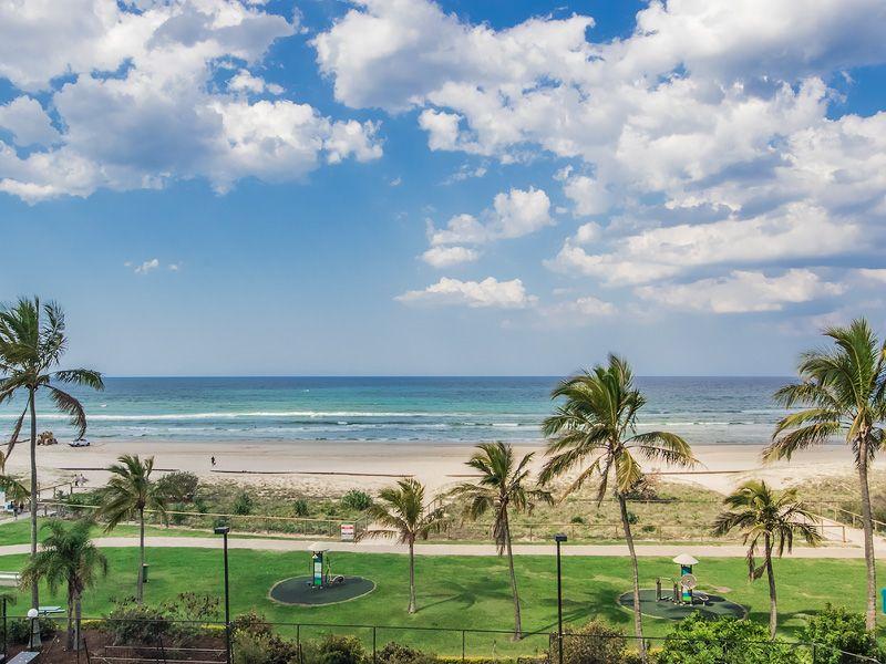 4D/969 GOLD COAST HWY, Palm Beach QLD 4221, Image 1