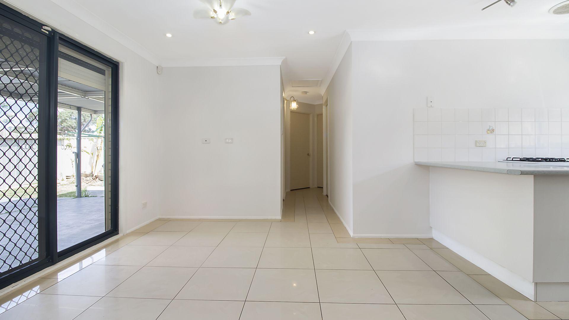 87 Taubman Drive, Horningsea Park NSW 2171, Image 2