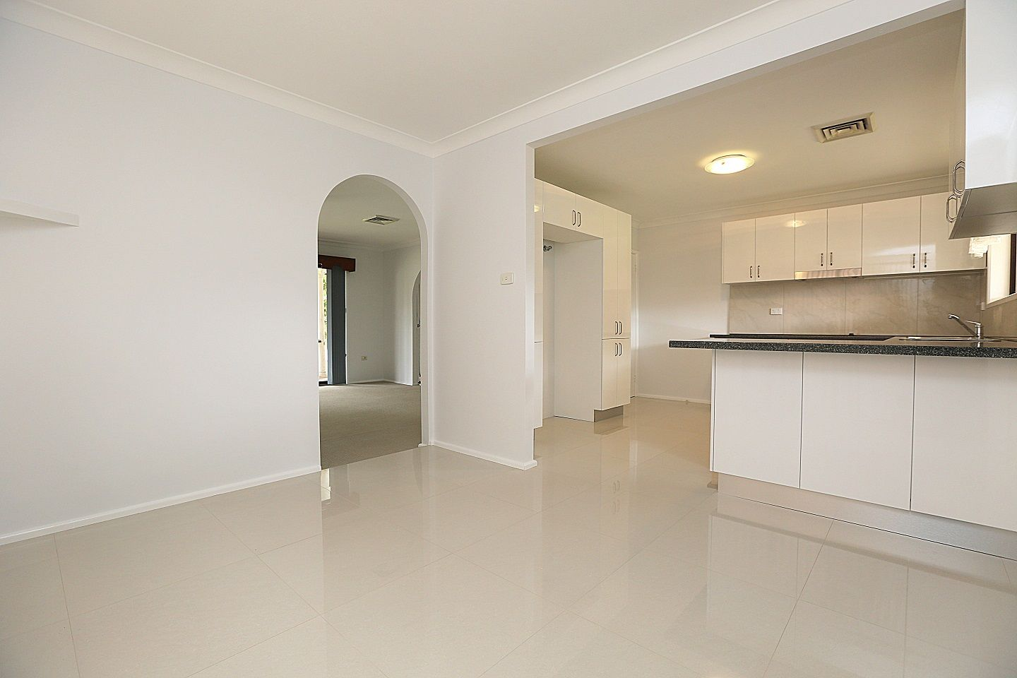 30 Surrey Avenue, Georges Hall NSW 2198, Image 2