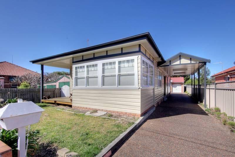 5 Everton Street, Hamilton East NSW 2303