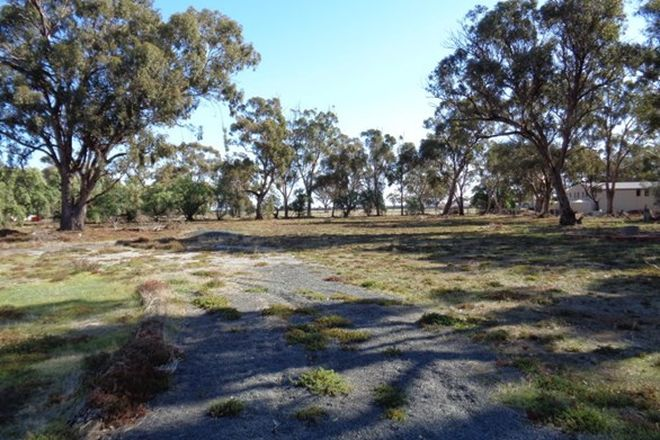 Picture of 1 Railway Road, ROCHESTER VIC 3561