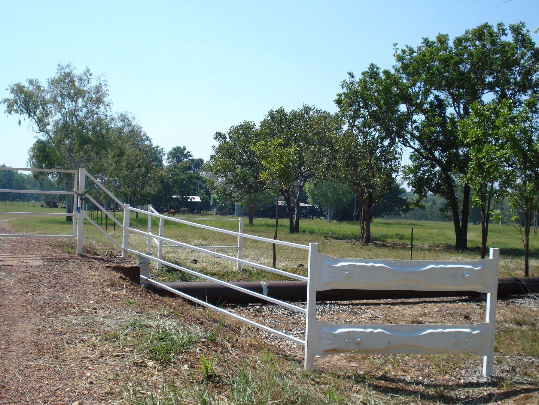 5 McHenry Road, Acacia Hills NT 0822, Image 1