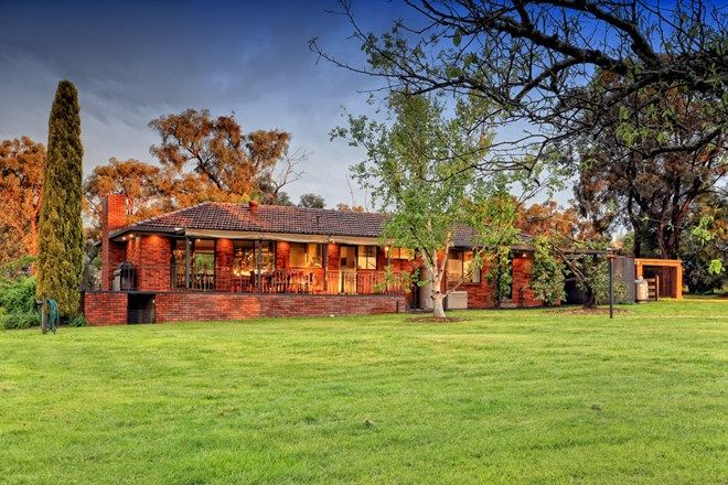 Picture of 17 Coopers Road, MACCLESFIELD VIC 3782