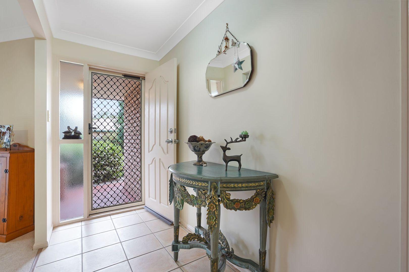 4 Macchion Close, Wakerley QLD 4154, Image 1