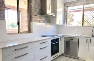 Picture of 1/8 Auburn Terrace, Indooroopilly QLD 4068