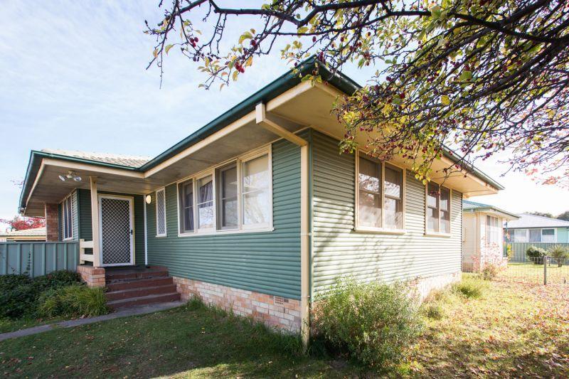22 Claude Street, Armidale NSW 2350, Image 0