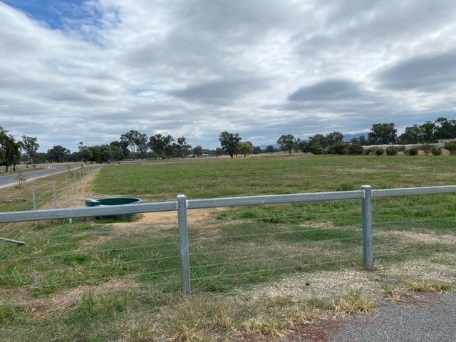 Lot 4 Two Gums Court, Table Top NSW 2640, Image 1