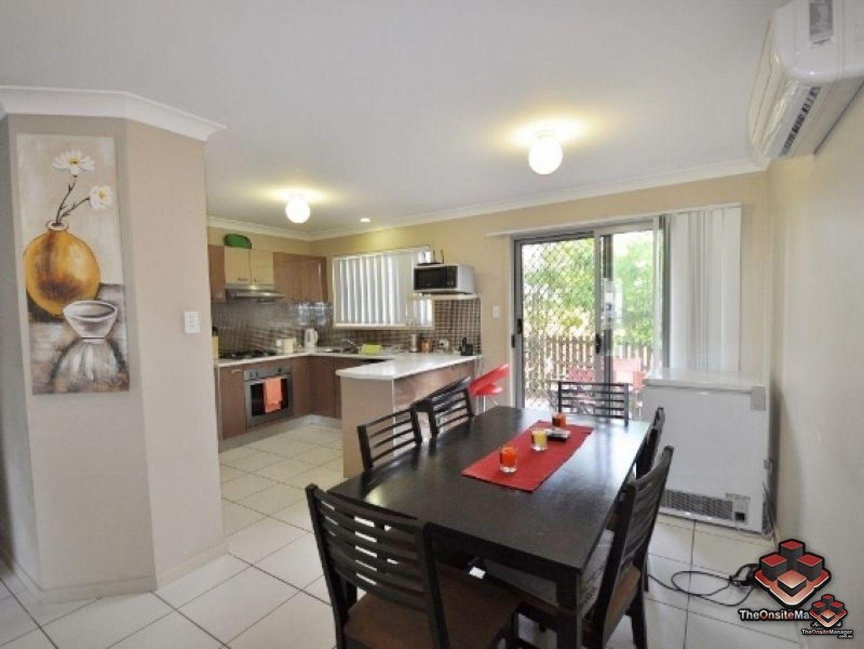 ID:3853716/130 Jutland Street, Oxley QLD 4075, Image 2