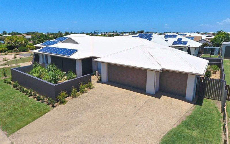 2 Parkside Parade, Bargara QLD 4670, Image 2