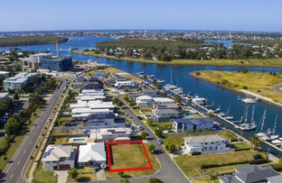 Picture of 41 Harbour Rise, Hope Island QLD 4212