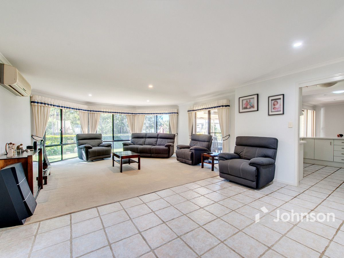 32 Claremont Parade, Forest Lake QLD 4078, Image 2