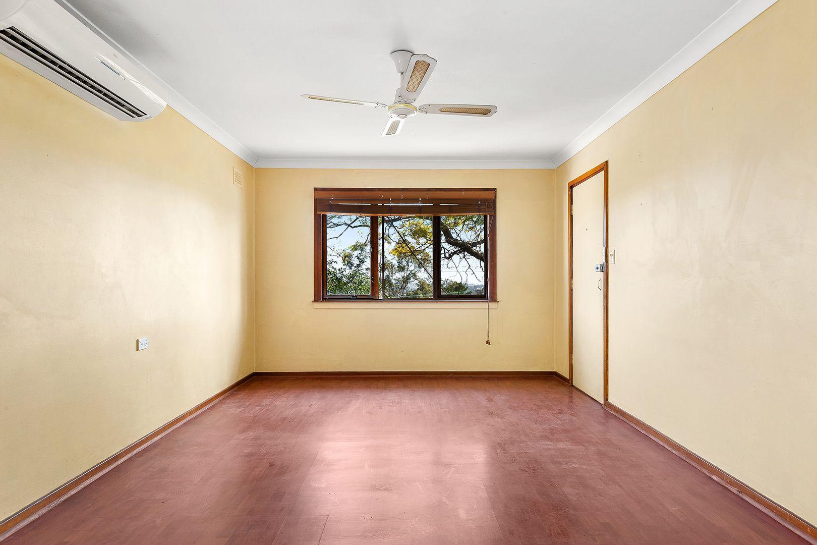 32 Dandarbong Avenue, Carlingford NSW 2118, Image 2