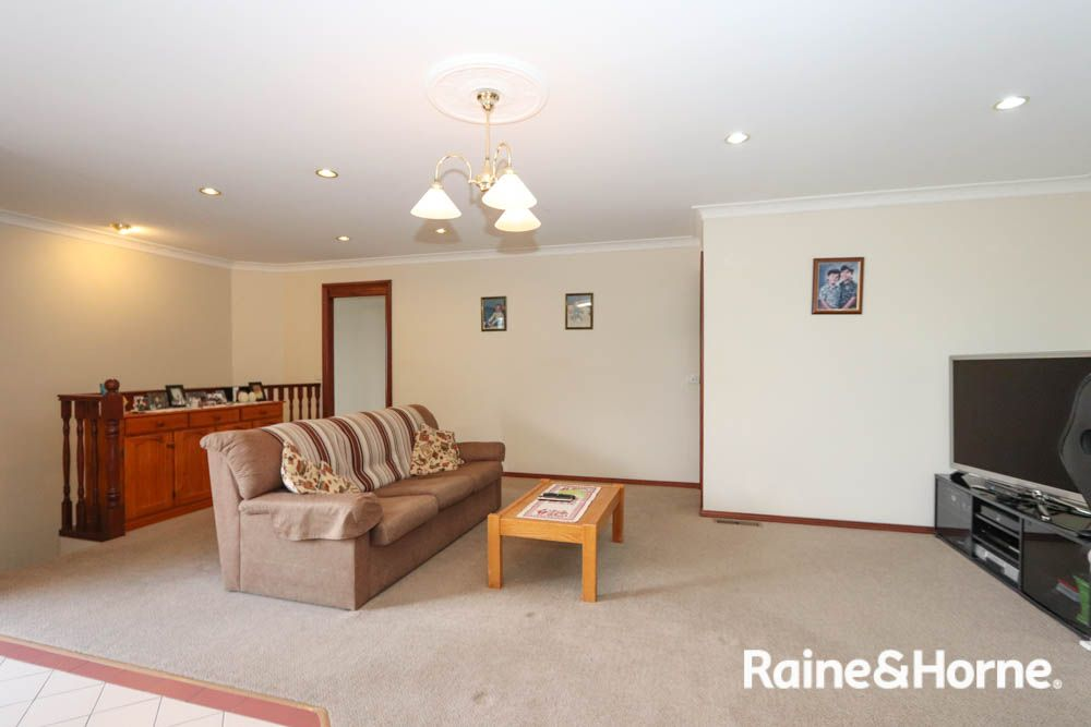 3 Beavis Place, Llanarth NSW 2795, Image 2
