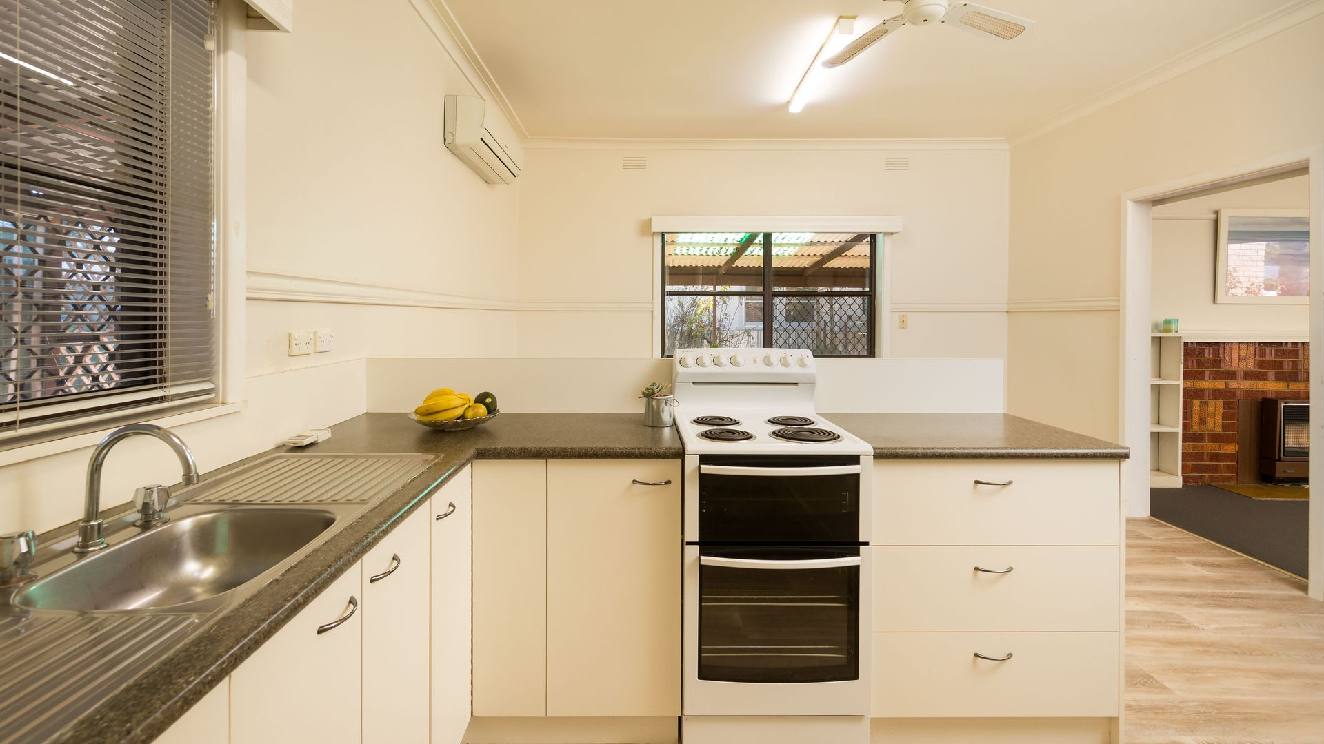 1063 Bralgon Street, North Albury NSW 2640, Image 2