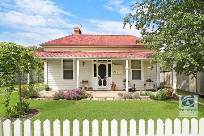 Picture of 20 Mellish Street, BEECHWORTH VIC 3747