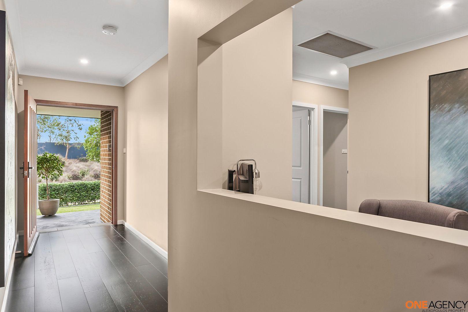 7 Cloverhill Crescent, Gledswood Hills NSW 2557, Image 1