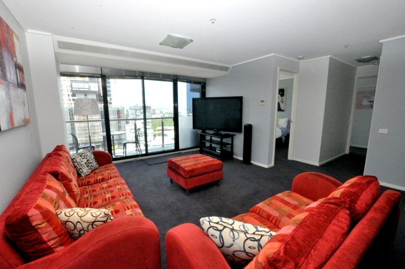 REF 081409/173 City Road, Southbank VIC 3006, Image 1