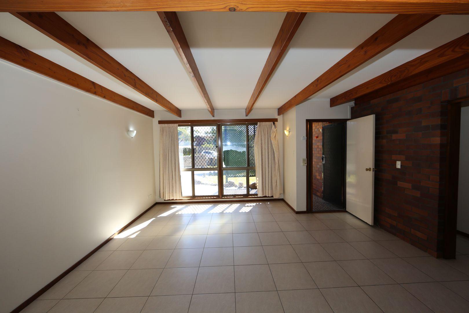 31 Endsleigh Street, MacGregor QLD 4109, Image 2