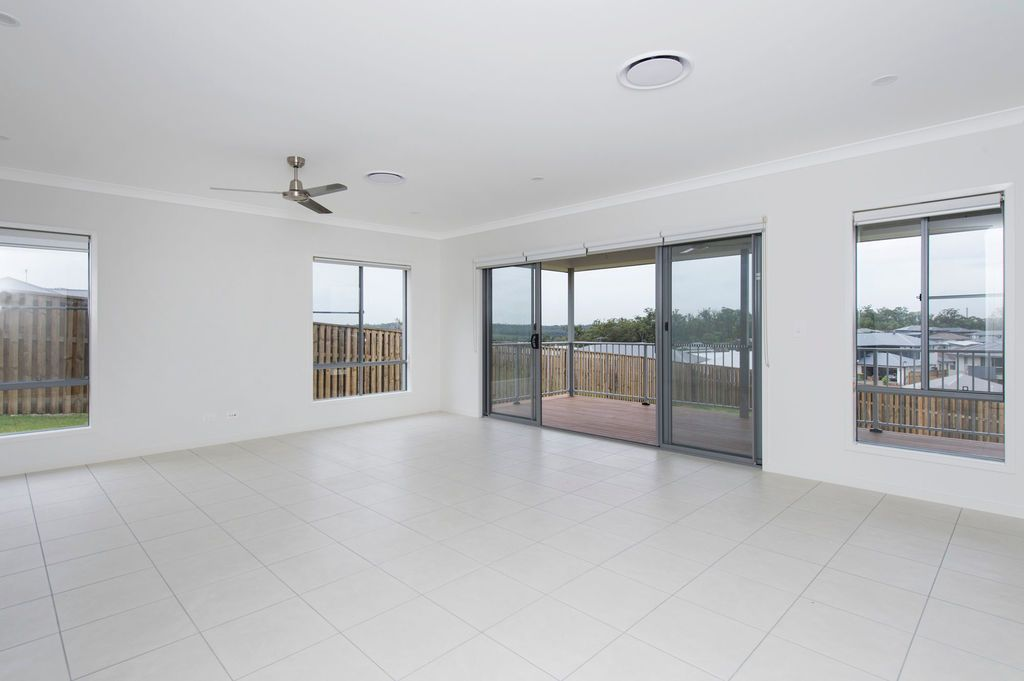 24 Stonecurlew Street, Upper Coomera QLD 4209, Image 2