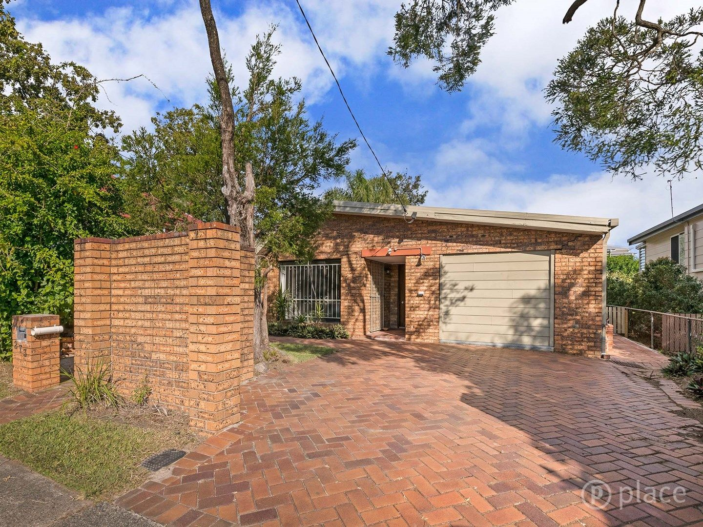 273 Oxley Road, Graceville QLD 4075, Image 2