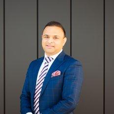 Jiten Hooda, Sales representative