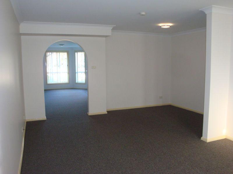 1/211 Windsor Road, Northmead NSW 2152, Image 1
